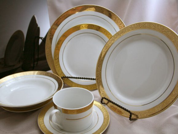 Gold Leaf China