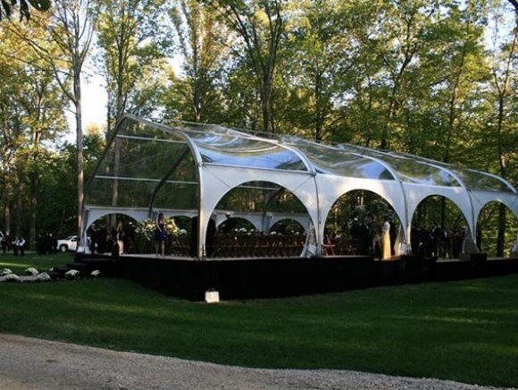 clear-span-tent-1951009-094