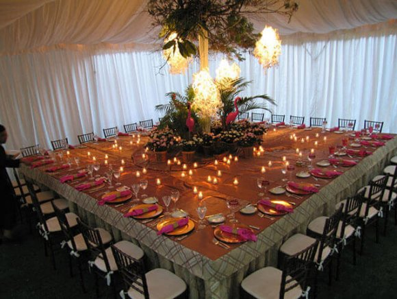 custom-installation-custom-square-table-seating-32