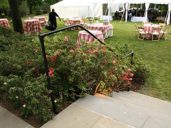custom-installation-temporary-hand-railing