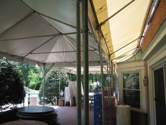 custom-installation-tree-included-in-tent-2