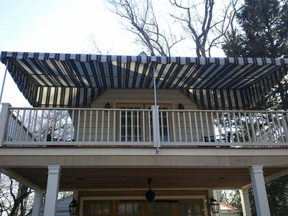 custom-residential-deck-awning